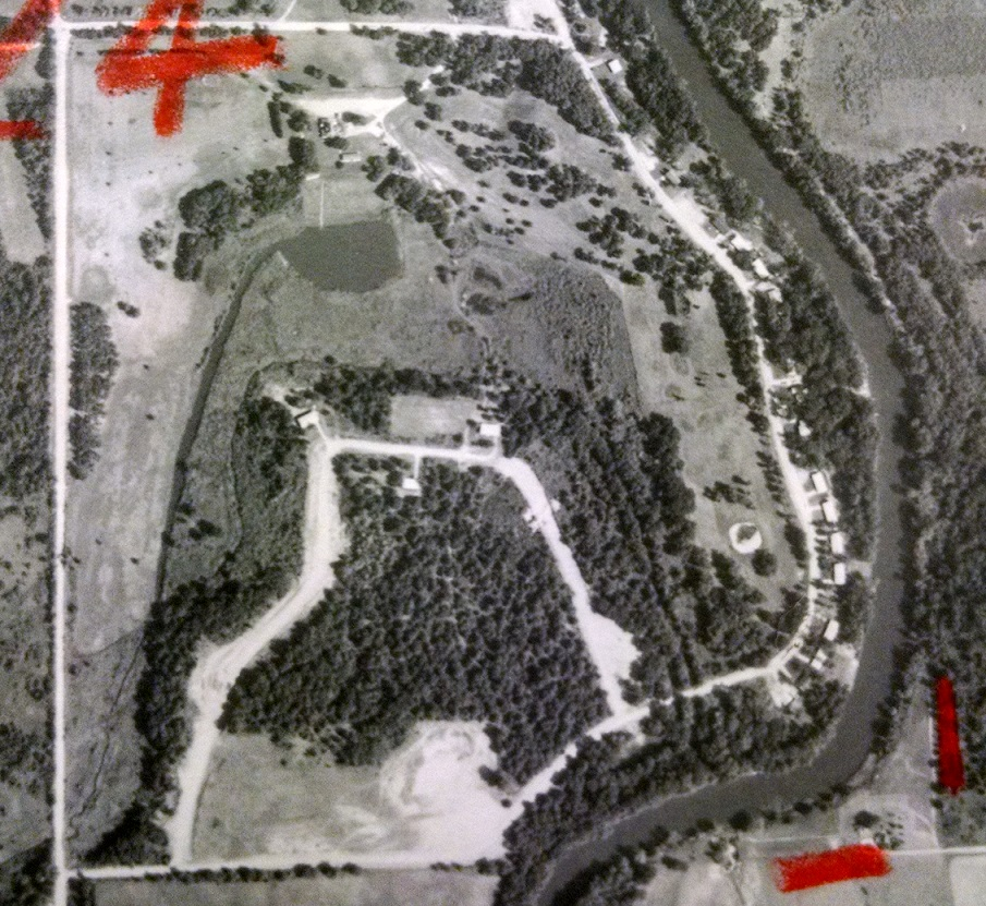 1965 photo of the same site, with the Bar L Ranch Club having been established and the golf course in the upper-right quadrant of the photo. Ray Larowe's pond below the clubhouse, and the channel he presumably dug to feed the pond, is clearly visible.